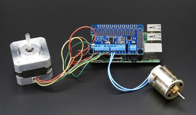 Platine DC & Stepper Motor HAT pour Raspberry Adafruit 2348